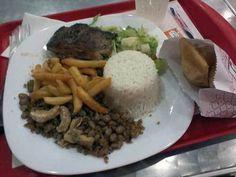 QG Pastéis - Contra-Filé Grelhado, arroz, feijão tropeiro, batatas fritas, salada e mini pastéis de brigadeiro