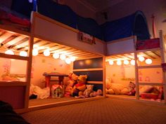 This is pretty cool. 2 IKEA kura bunk beds to kiddy corner the room. Not EXACTLY what I want, but definitely cool Bunk Beds Small Room, Low Bunk Beds, Kids Bunk Beds, Small Rooms, Loft Beds, Big Girl Rooms, Boy Room, Ideas Habitaciones, Deco Kids