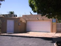 4 Bedroom House For Sale in Table View   Durr Estates