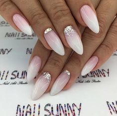 Pin by Lisa Firle on Nageldesign - Nail Art - Nagellack - Nail Polish - Nailart - Nails in 2020 Acrylic Nails Almond Glitter, Cute Almond Nails, Almond Nail Art, Almond Shape Nails, Almond Gel Nails, Almond Nails French, Nails Shape, Bridal Nails, Wedding Nails