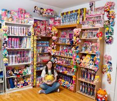 Sailor Astera and her AH-MAZING Sailor Moon Collection! This would be nice to have... at least some of it ^_~
