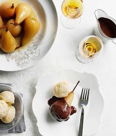 Australian Gourmet Traveller recipe for poires Belle Hélène. Pear Recipes, Baking Recipes, Sweet Recipes, French Dessert Recipes, Poblano, Recipe Images, Food Dishes, Fruit Dishes, Delicious Desserts