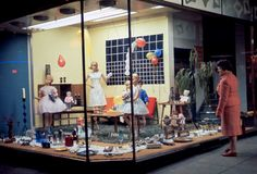 1960s holiday shopping displays were the absolute corniest