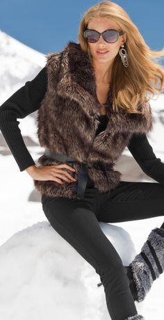 Apres-ski Winter Wear, Autumn Winter Fashion, Winter Sale, Burberry, Fabulous Furs, Belted Cardigan, Ski Fashion, Female Fashion, Fashion Boots