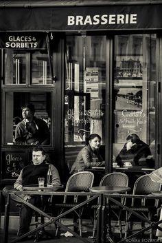 https://flic.kr/p/njUKcW | Brasserie, Paris