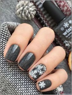 25 Beautiful Winter Nail Art Designs that will Melt Your Heart – Nail designs – Hybrid Elektronike – Nails Models Winter Nail Designs, Winter Nail Art, Colorful Nail Designs, Simple Nail Designs, Winter Nails, Spring Nails, Autumn Nails, Summer Nails, Heart Nail Designs