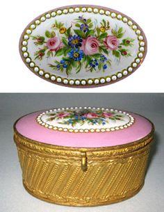French 19th Century Porcelain Casket