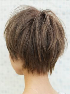Best Bob Hairstyles & Haircuts for Women - Hairstyles Trends Wavy Bob Hairstyles, Short Bob Haircuts, Short Hair With Layers, Short Hair Cuts For Women, Choppy Hair, Light Hair, Hair Trends, Curly Hair Styles, Hair Beauty