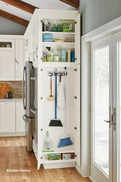 54 Gorgeous Small Kitchen Remodel Design Ideas To Have Now ~ Best Dream House Kitchen Pantry Cabinets, Kitchen Cabinet Organization, Storage Cabinets, Organization Ideas, Cabinet Ideas, Kitchen Counters, Corner Cabinet Storage, Kitchen Sink, Corner Cabinet Kitchen