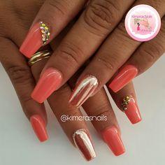 Diseño de salón   #kimerasnails #dueaerografia #nails #uñas #acrylicnails #nude #sculturenails #prettynails #naturalnails #glitter #acrilicodecolor #naildesign #silk