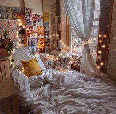 aesthetic bedroom 24 Ideas bedroom ideas cozy boho reading nooks for 2019 Cute Bedroom Ideas, Room Ideas Bedroom, Bedroom Inspo, Decor Room, Bed Room, Bedroom Inspiration Cozy, Cosy Bedroom, Design Inspiration, Budget Bedroom
