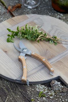 driftwood cutting boards www.thenewgeneralstore.com