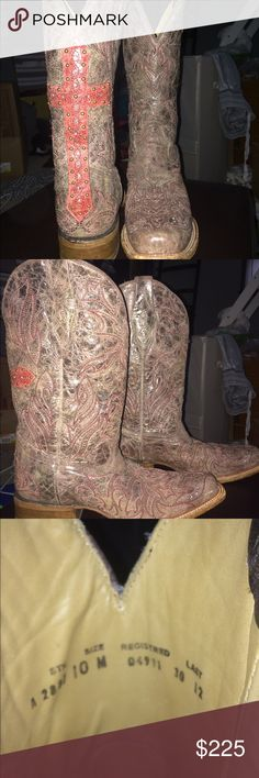 Corral boots A2837 Very nice. Only worn twice. Corral boots A2837 Women's Back Cross & Crystals Square Toe Boots. $225 Corral boots Shoes