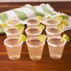 You'll make these margarita jello shots ALL summer. You'll make these margarita jello shots ALL summer. Party Drinks, Cocktail Drinks, Fun Drinks, Cocktail Recipes, Alcoholic Drinks, Party Shots, Beverages, Luau Party Desserts, Taco Bar Party