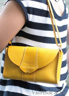 yellow+purse7.jpg 1139×1600 пикс