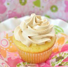 Miranda's Recipes: Tres Leches Cupcakes