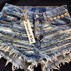RIP IT UP High waisted denim shorts Studded super frayed with and studs all sizes. from Jeans Gone Wild. Studded Shorts, Ripped Shorts, Ripped Denim, Topshop Jeans, Vintage Shorts, Vintage Jeans, Summer Outfits, Cute Outfits, Summer Shorts