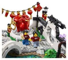 LEGO Spring Lantern Festival (80107) - Minifigure tourists taking selfies