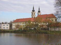Kláštor a Bazilika Sedembolestnej Panny Márie – Šaštín-Stráže, Slovensko Basilica of Our Lady of seven-sorrows (Mater Dolorosa) - Šaštín-Stráže, Slovakia