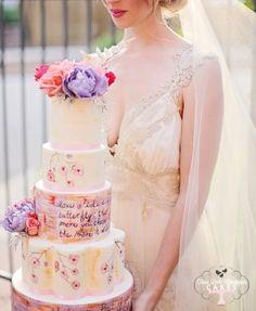Vintage colour wedding cake.