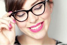 dc5d093c68a41 15 Increíbles trucos de maquillaje que todas las chicas que usan lentes  deben conocer. Usando ÓculosOculos De Grau ...