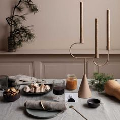 ferm Living - Avant candlestick- ferm Living – Avant Kerzenständer 🎄 Discover the Christmas trends - Candle Stand, Candle Set, Candle Holders, Thanksgiving Table Settings, Holiday Tables, Chandelier Design, Kitchen Chandelier, Motif Art Deco, Design Bestseller
