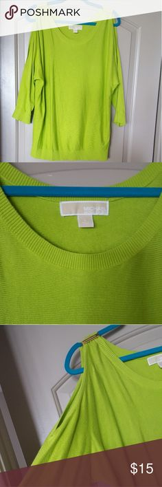 Sweater shirt Gently used Beautiful vibrant green Michael Kors open arm sweater Michael Kors Tops Sweatshirts & Hoodies