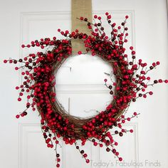 Simple Berry Wreath-Love it! Winter Christmas, Christmas Wreaths, Christmas Crafts, Christmas Decorations, Holiday Decor, Wreath Crafts, Diy Wreath, Grapevine Wreath, Wreath Ideas