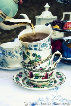 Alice In Wonderland - Mad Tea Party - Overflowing Stacked Tea Cups | Flickr - Photo Sharing!