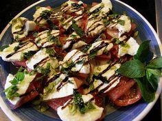 Wassermelonen Caprese mit Walnüssen  #glutenfrei #glutenfree #salat #mitliebeohnegluten