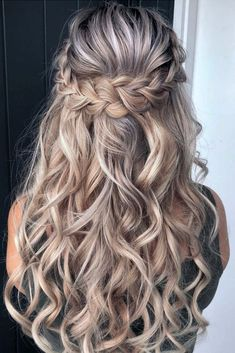 Best half up half down hairstyles for everyday to special occasion - Hair sty. - Best half up half down hairstyles for everyday to special occasion – Hair styles - Braided Hairstyles For Wedding, Fancy Hairstyles, Prom Hairstyles Half Up Half Down, Hairstyle Wedding, Braided Half Up Half Down Hair, Everyday Hairstyles, Formal Hairstyles For Long Hair, Homecoming Hairstyles, Hairdos