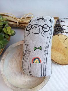 Gato de peluche / juguete bordado / serigrafia / tela de sudadera / ilustración / regalo para bebé / hecho a mano de Cottoboo en Etsy