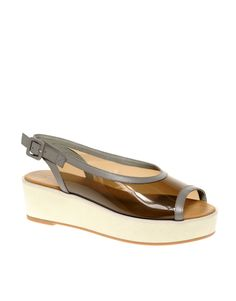 Peep Toe Platforms. Ideal fir summer.