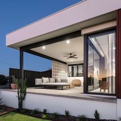 Midweek mindfulness ❤️ Residential Attitudes have have set the scene for some midweek mindfulness with this serene alfresco setting. Enjoy this moment. West Coast Living, Alfresco Area, Storey Homes, Outdoor Living, Outdoor Decor, Mid Century House, Open Plan Living, Mid Century Design, Outdoor Entertaining