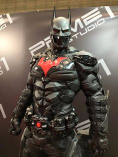 An amazing display featuring the Arkham Knight imagining of the Batman Beyond suit.