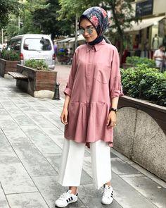 Hijab Casual, Hijab Chic, Modern Hijab Fashion, Muslim Fashion, Modest Fashion, Outfit Look, Denim Outfit, Modest Dresses, Modest Outfits
