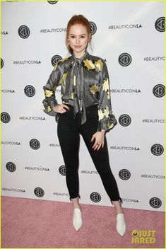 Riverdale's Camila Mendes & Madelaine Petsch Look Radiant at Beautycon Photo Camila Mendes and Madelaine Petsch team up for the 2018 Beautycon Festival! The Riverdale co-stars stepped out for the event held at the Los Angeles Convention… Cheryl Blossom Riverdale, Riverdale Cheryl, Madelaine Petsch, Beautiful Celebrities, Gorgeous Women, Beautycon, Fashion Corner, Celebrity Look, Fashion Models