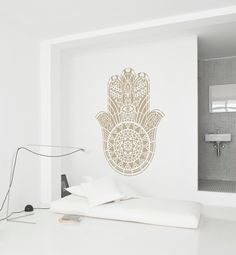 Mandala wall stencils DIY for home of work place decor. Mandala Ibiza wall stencils to pimp your home, garden, office, shop, restaurant or club! We have 8 different mandalas in different sizes from which you can choose! Hamsa Painting, Painting Art, Good Luck Symbols, Mandala Stencils, Hand Of Fatima, Stencil Diy, Hamsa Hand, Diy Wall, Amsterdam
