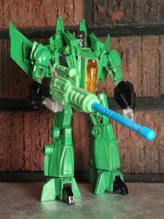 Transformers custom Acidstorm.