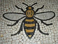 Look around you when you visit Manchester-you will see bees on lots of public buildings. Manchester was at the heart of the industrial revolution and the bees are a symbol of this. I Love Manchester, Manchester England, Manchester Town Hall, Manchester Street, Bee Tattoo, Salford, Industrial Revolution, Bees Knees, Street Art