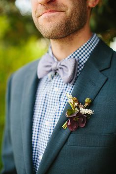 Groom's Boutonniere and Bowtie | Austin Texas Wedding at Barr Mansion | Planning, Design, Florals, and Paper Goods by The Nouveau Romantics | Photography by Sara + Rocky Garza