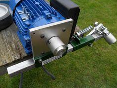 Modular Grinder Kits Tools Of The Trade Nottingham Uk, Blacksmith Forge, Belt Grinder, Circular Saw Blades, Metal Working Tools, Uk Post, Welding Projects, Knife Making, Knives