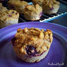 Sunde muffins med banan og brombær