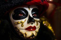 Skulls, Halloween Face Makeup, Models, Costumes, Dress Up Clothes, Fashion Models, Templates, Modeling, Men's Costumes