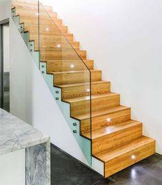 Znalezione obrazy dla zapytania staircase lighting ideas