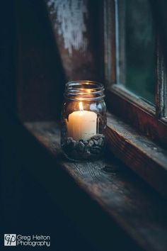 Good Absolutely Free Candles photography Suggestions As with all candles, the first burn is the most important. To begin, candles should burn one hour fo Candle Lanterns, Candle Jars, Window Candles, Candle In The Window, Candle In The Dark, Candleholders, Bougie Partylite, Witch Aesthetic, Window Sill