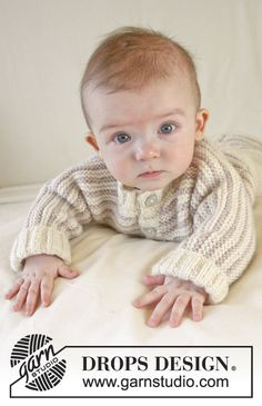 """Knitted DROPS jacket in garter st with stripes and rib edges in """"Karisma"""". Size 0-4 years ~ DROPS Design"""