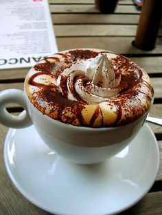For a rainy day in New York like today, a Café Mocha is the ideal treat from @Starbucks Loves Loves Loves Loves :-)