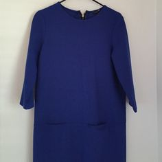 Ann Taylor dress Super cute, boxy dress. Size 2 fits like a small, but can fit a medium Ann Taylor Dresses Midi