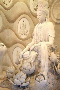 Avalokitesvara Bodhisattva │ 觀世音菩薩
